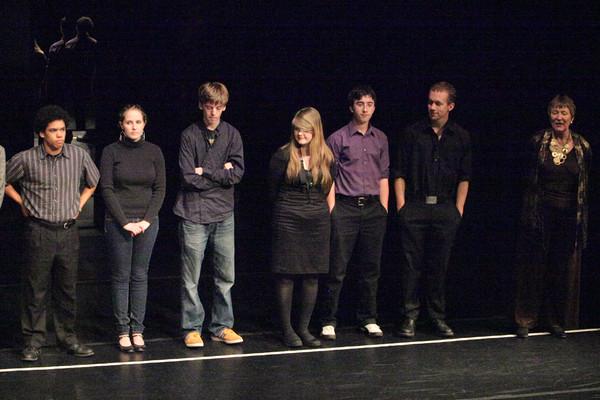 1835a A Chorus Line VHS Drama 03282010
