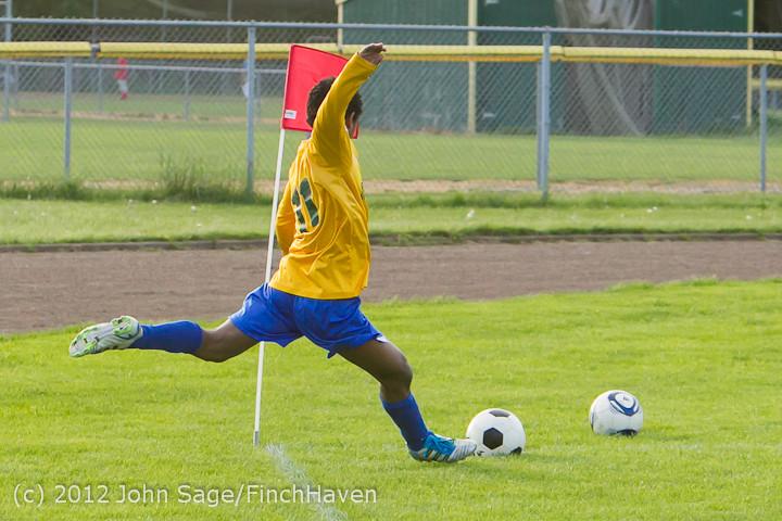 5671_Boys_Varsity_Soccer_v_BOC-Intl_043012
