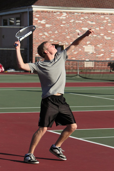 6699_Boys_Tennis_v_Chas-Wright_101110