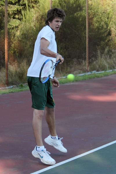 6928_Boys_Tennis_v_Chas-Wright_101110