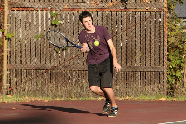 6995_Boys_Tennis_v_Chas-Wright_101110