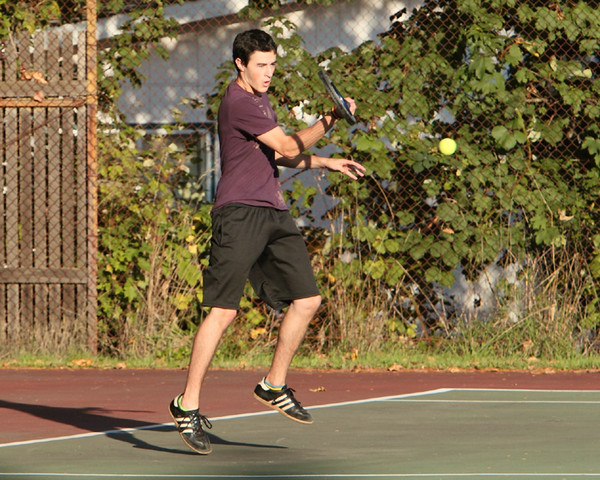 7096_Boys_Tennis_v_Chas-Wright_101110