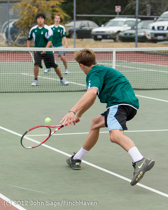 1077_Boy_Tennis_v_CWA_100212