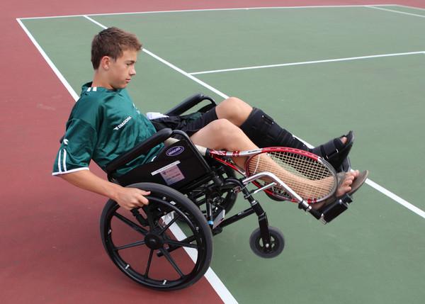 3422s_VHS_Boys_Tennis_2010
