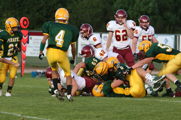 2620_Football_v_Lakeside_091809