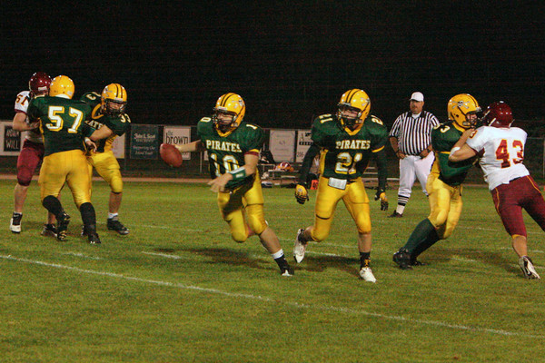 2901_Football_v_Lakeside_091809