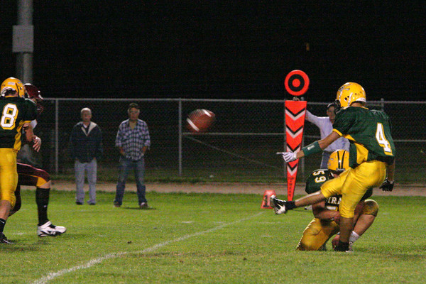 3269_Football_v_Lakeside_091809