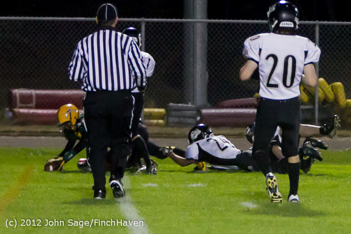 0970_Football_v_Pemberton_101212