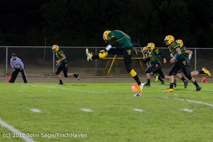 1048_Football_v_Pemberton_101212