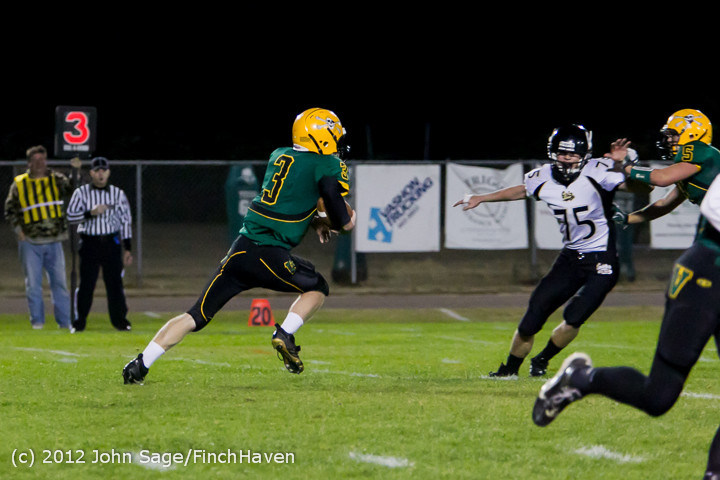 1605_Football_v_Pemberton_101212