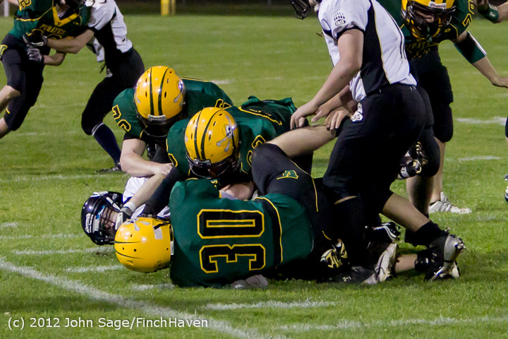 2233_Football_v_Pemberton_101212
