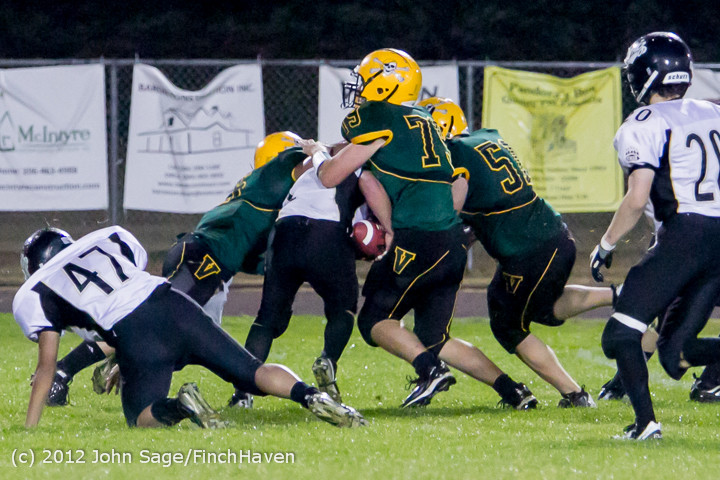3047_Football_v_Pemberton_101212
