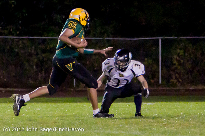 3586_Football_v_Pemberton_101212