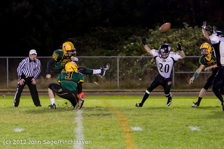 3691_Football_v_Pemberton_101212