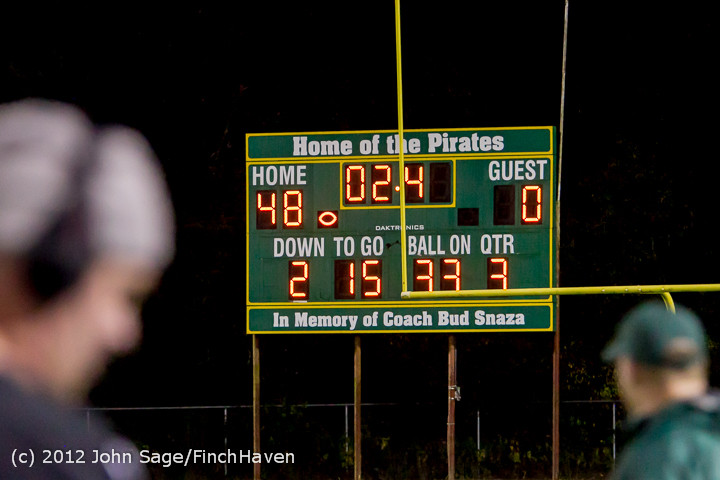 4008_Football_v_Pemberton_101212