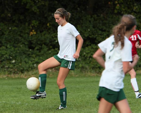 7823_Girls_JV_Soccer_v_Orting_092710