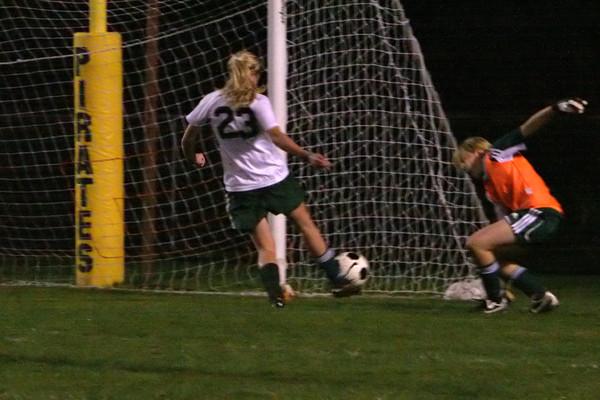 8083_Girls_Soccer_v_CWA_102709