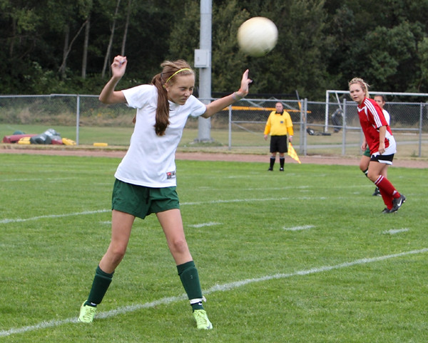 4232_Girls_Soccer_v_Sea-Chr_090910