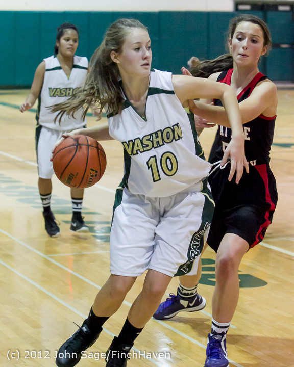 5134_Girls_Varsity_Basketball_v_Sea-Academy_113012