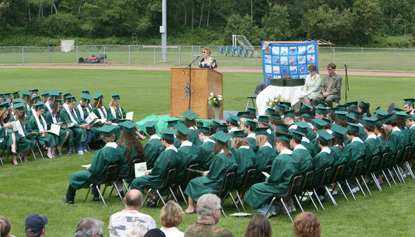 3719_VHS_Graduation_2008