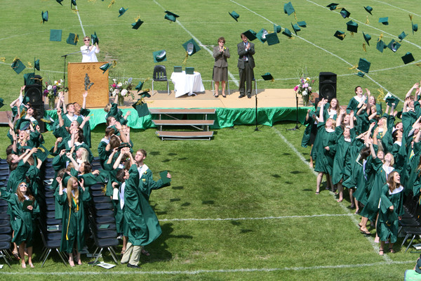 6581_VHS_Graduation_2009