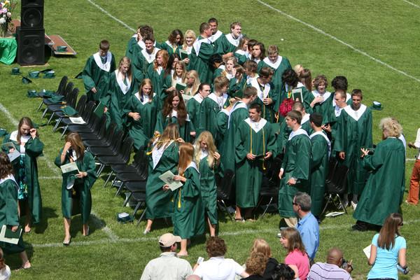 6593_VHS_Graduation_2009