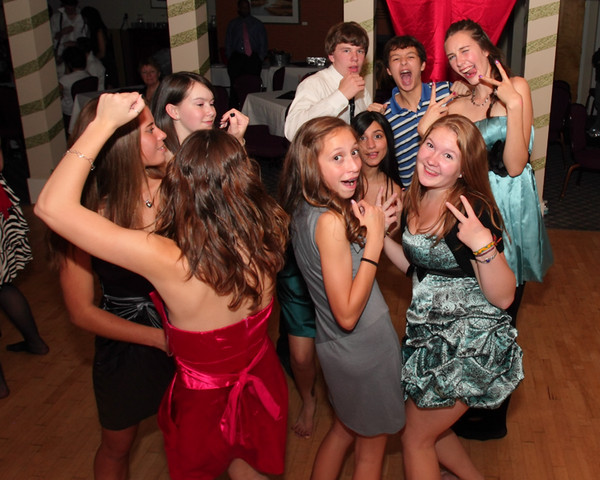 2264_VHS_Homecoming_Dance_2010_Candids