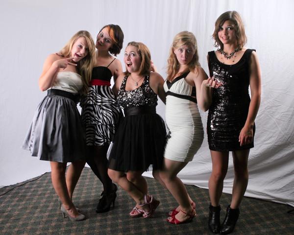 6053l_VHS_Homecoming_Dance_2010_Portraits