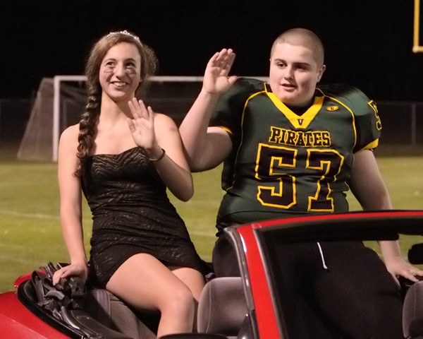5255_VHS_Homecoming_Court_2010