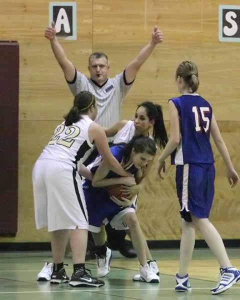 6503_Girls_JV_Basketball_v_Chimacum_012210