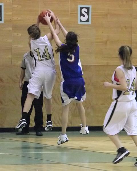 6750_Girls_JV_Basketball_v_Chimacum_012210