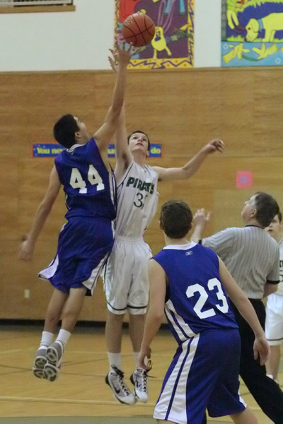 6997_Boys_JV_Basketball_v_Chimacum_012210