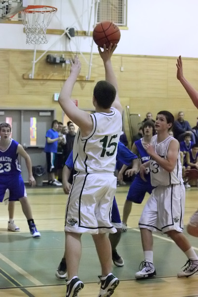 7104_Boys_JV_Basketball_v_Chimacum_012210