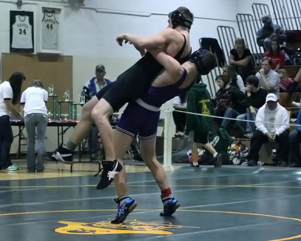 4167_Rock_Island_Wrestling_Tournament_122809