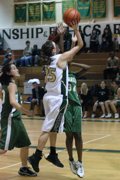 5006_Girls_Varsity_BBall_v_Charles_Wright_012010