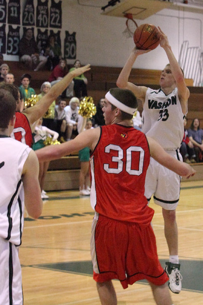 8048_Boys_Varsity_BBall_v_Orting_012910
