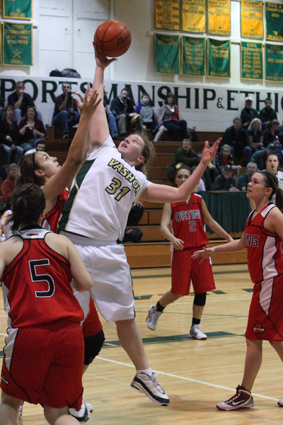 9091_Girls_Varsity_BBall_v_Orting_012910