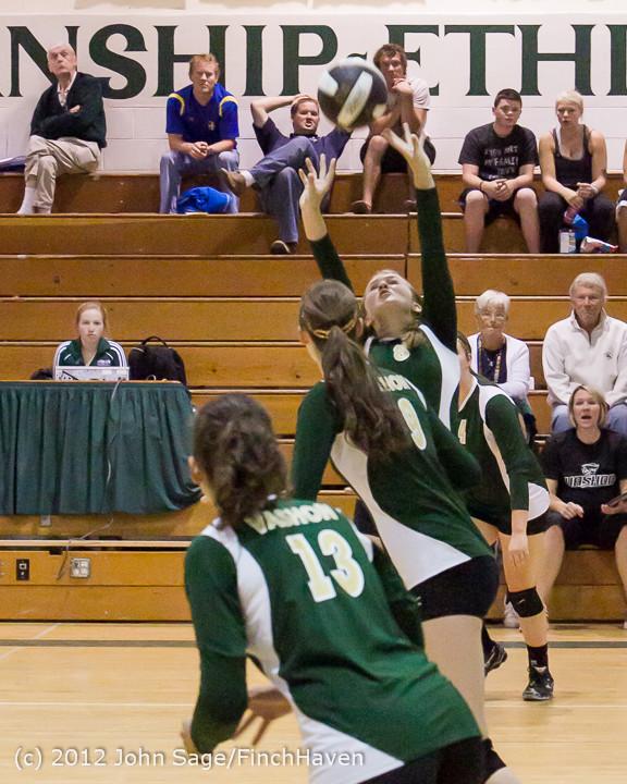 21300_Varsity_Volleyball_v_Casc-Chr_091212