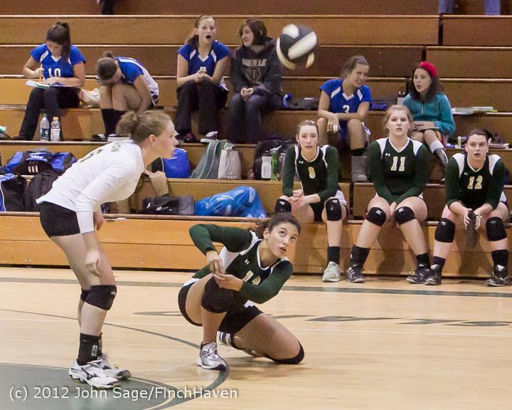 22701_Varsity_Volleyball_v_Casc-Chr_091212