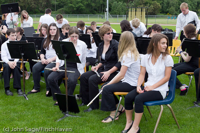 2451_VHS_Graduation_2011_061111