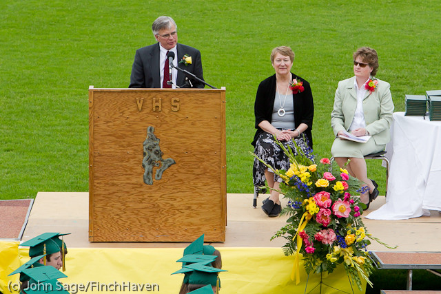 2707_VHS_Graduation_2011_061111