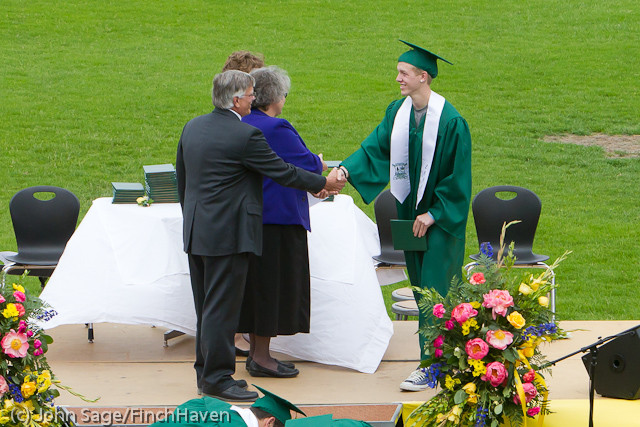 3799_VHS_Graduation_2011_061111