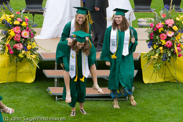 3848_VHS_Graduation_2011_061111