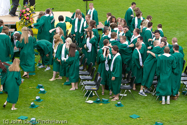 4040_VHS_Graduation_2011_061111