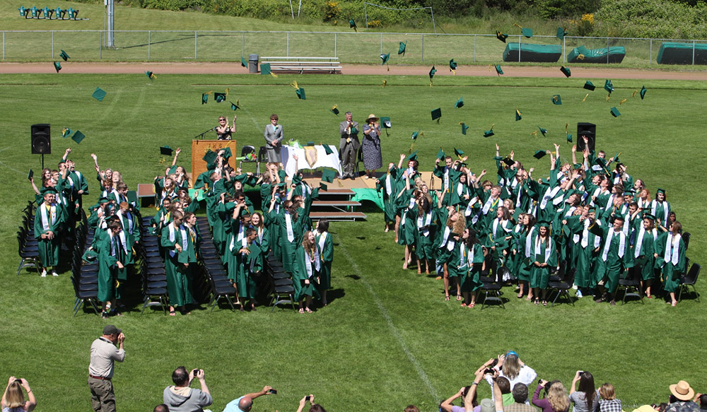 2662_VHS_Graduation_2010