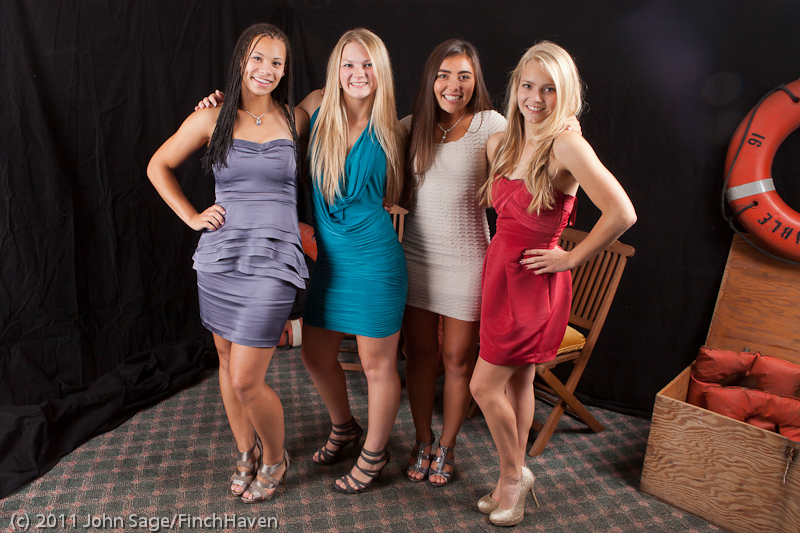 4714_VHS_Homecoming_Dance_2011_100111