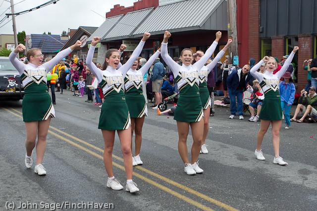 7610_VHS_at_the_Festival_Parade_2011