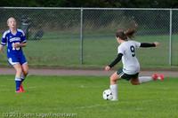 7336 Girls Varsity Soccer v Casc-Chr 101111