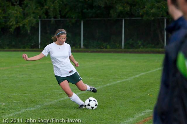 7455_Girls_Varsity_Soccer_v_Casc-Chr_101111