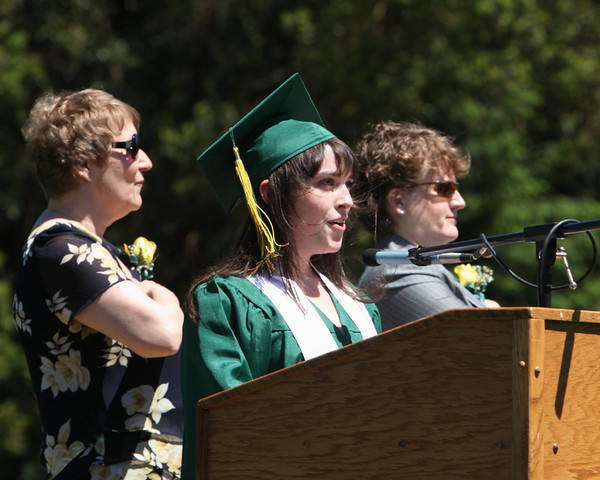 1787_VHS_Graduation_2010